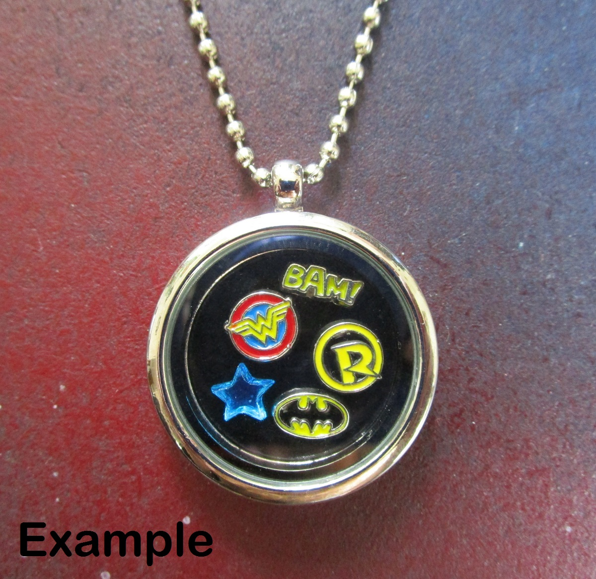 Floating Charm Memories Lockets – Now in Nerd